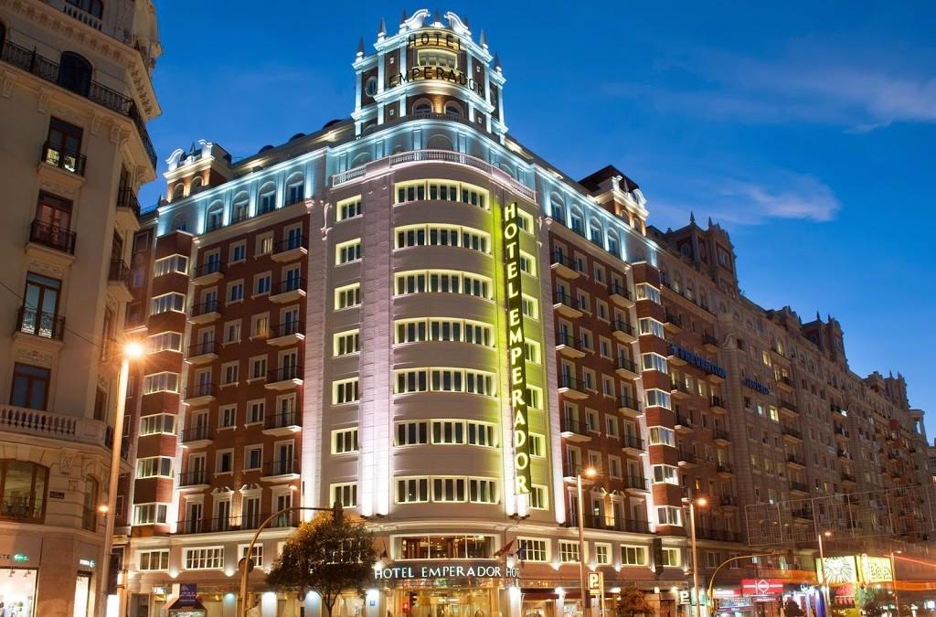 El Hotel Emperador y sus vistas privilegiadas desde la Gran Vía