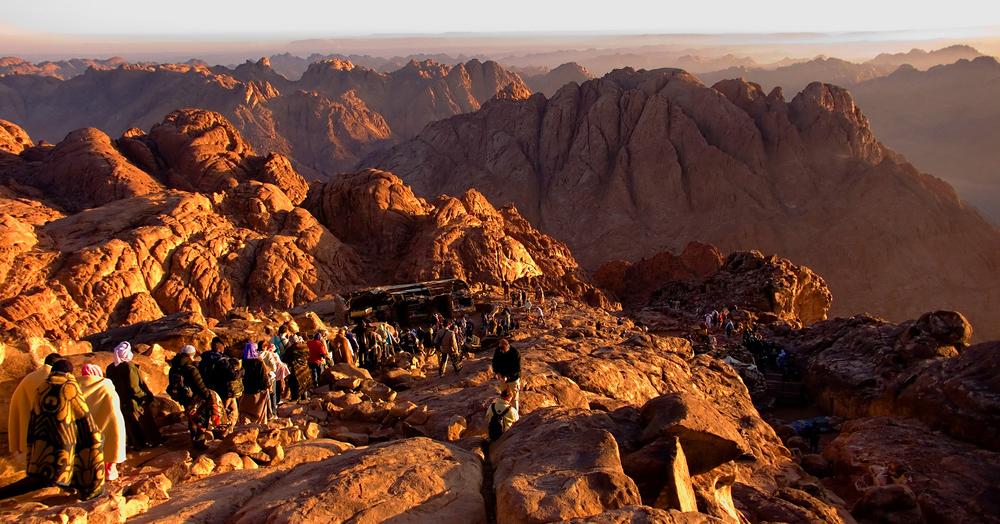 Y Moisés subió dos veces: el Monte Sinaí