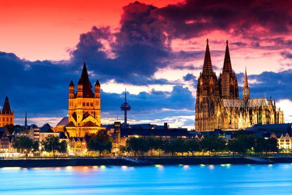 La ciudad de Colonia, tu destino esta Navidad con Politours