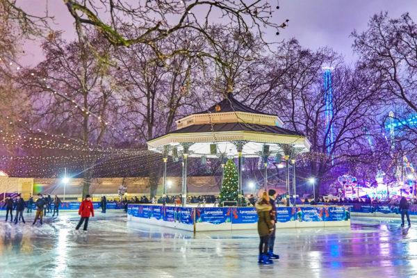 Pista de patinaje en Hyde Park, Londres