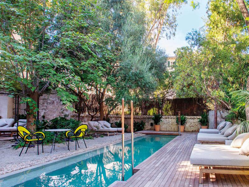 Terraza con piscina en Can Bordoy, Mallorca