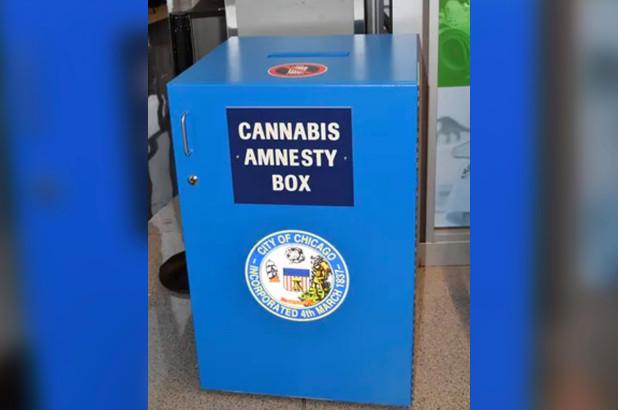 Cajas de amnistía para la marihuana en los aeropuertos de Chicago