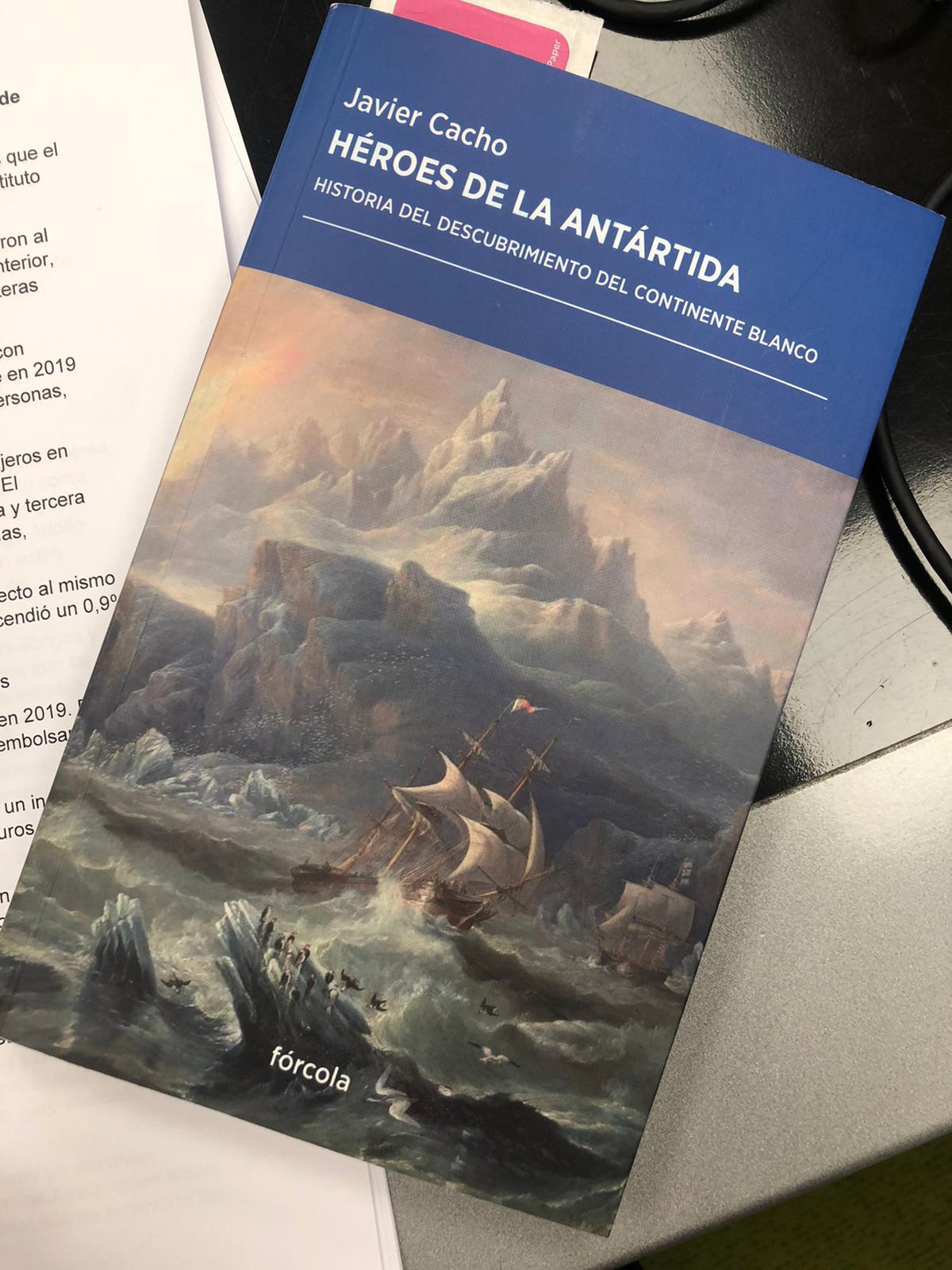 Héroes de la Antártida, una obra de Javier Cacho