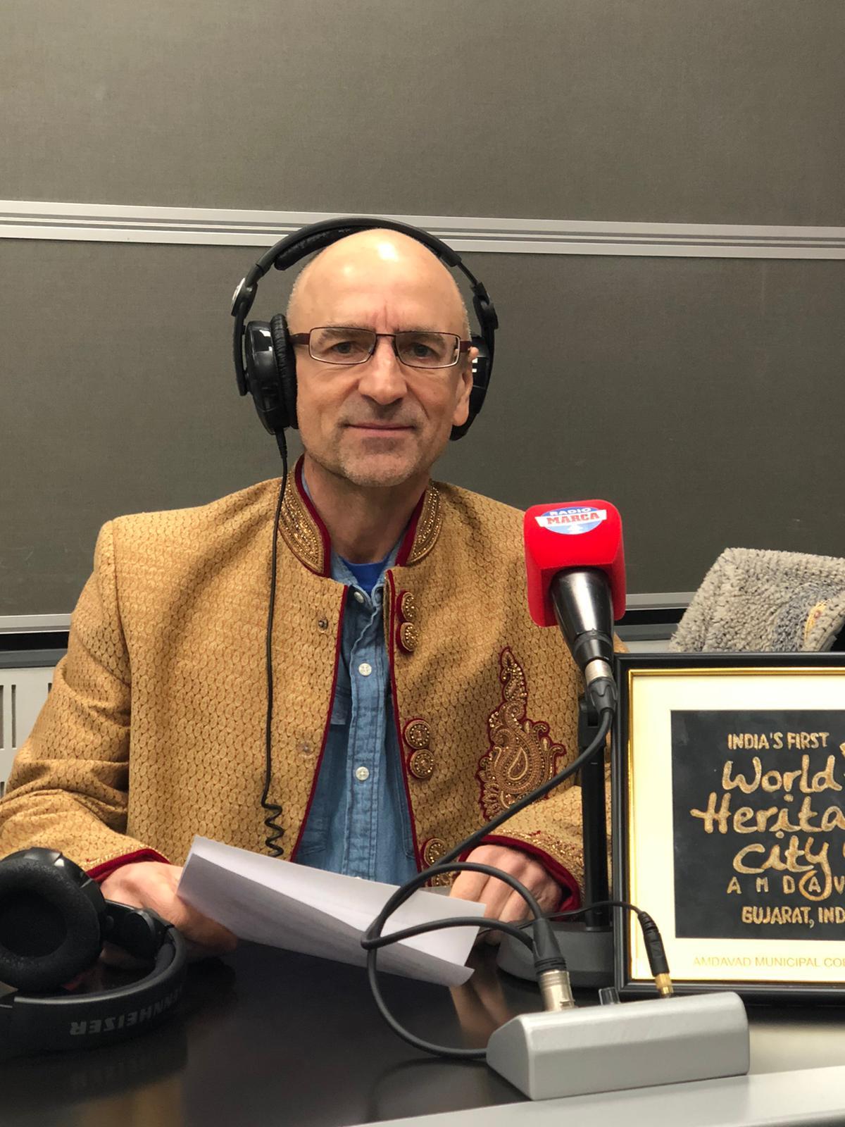 Joaquín del Palacio, en el estudio de Radio MARCA