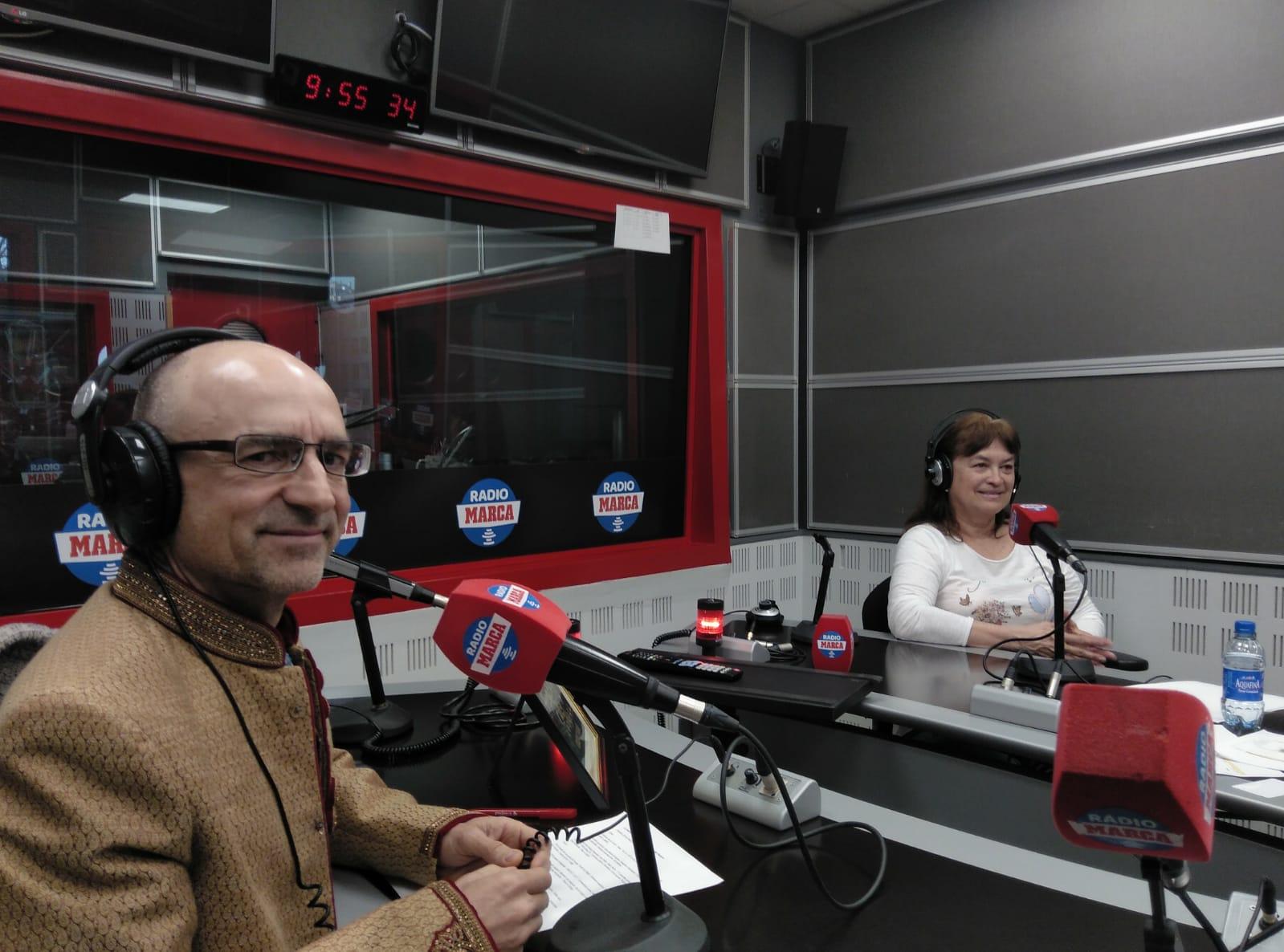 Joaquín y Mónica, en el estudio de Radio MARCA