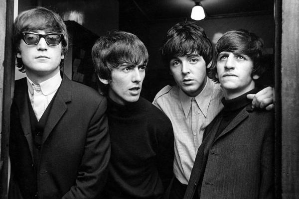 The Beatles dieron su primer concierto en The Cavern, Liverpool