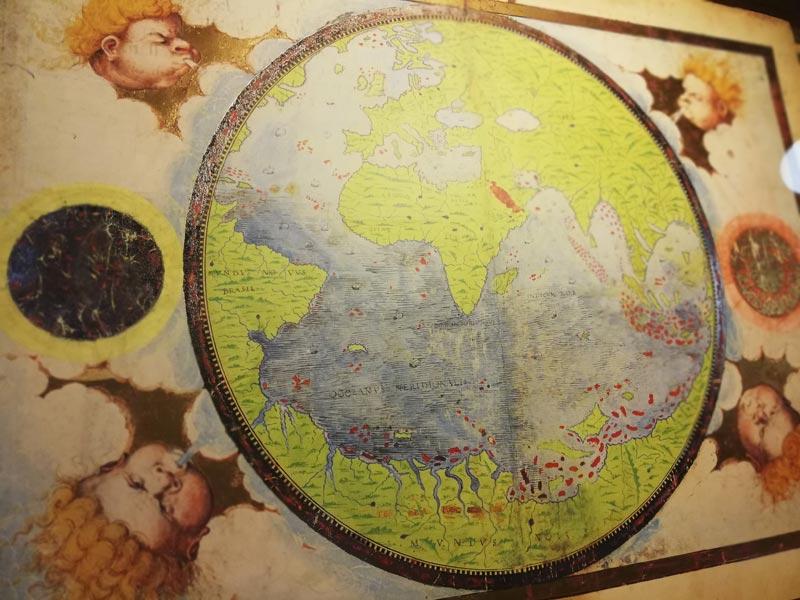 Viajando a través de Atlas curiosos. ¿Conocías alguno?