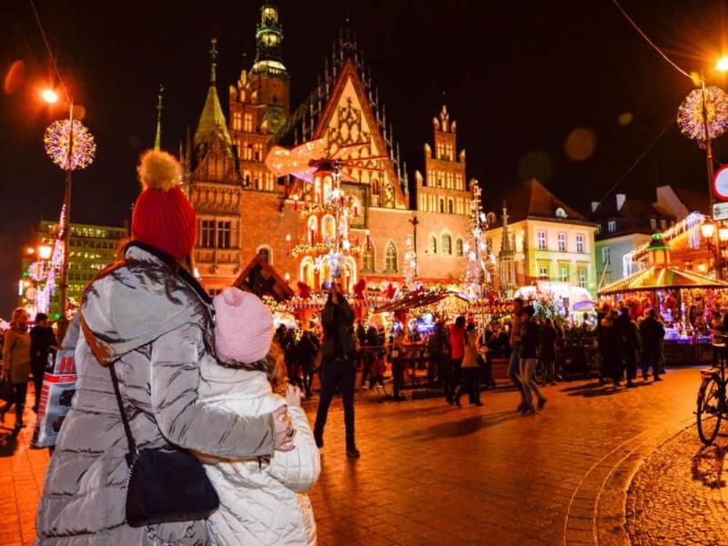 Celebramos la Navidad en Polonia y entramos en el mayor templo dedicado a U2