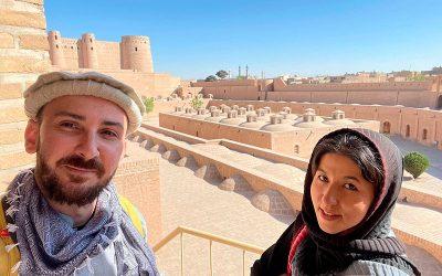 Crónica del rescate de Fátima, la primera mujer guía turística de Afganistán