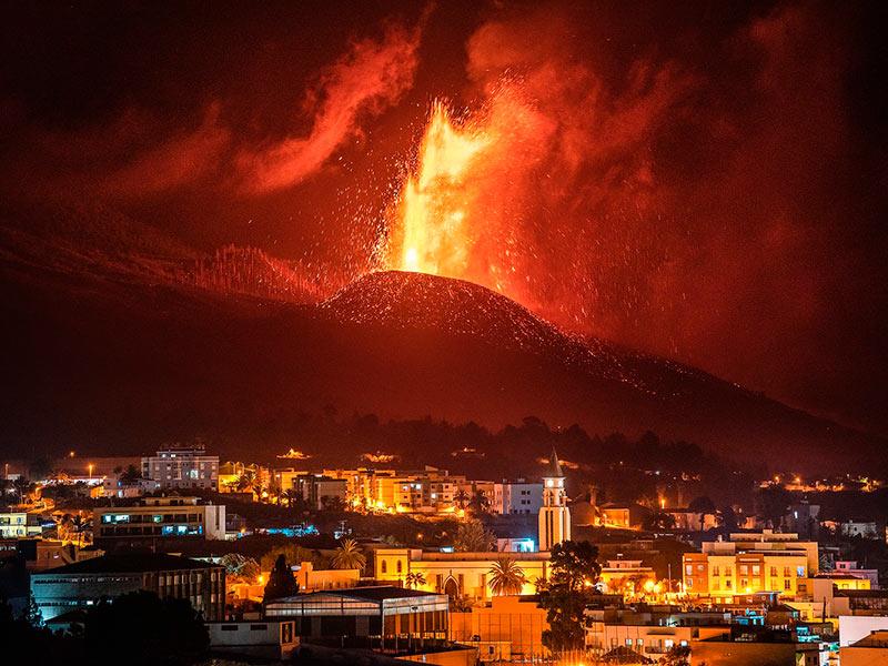 El mundo pendiente de la erupción del volcán Cumbre Vieja en La Palma